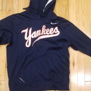 Size small  NIKE yankee hoodie